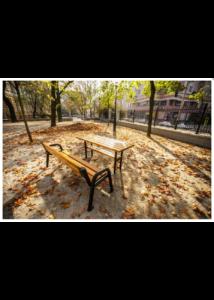 Spárta kültéri asztal mahagóni